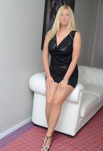 Ataköy Sarışın Bayan Sania